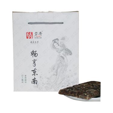 东南多奇  2013年巧克力白茶  福鼎白茶  老白茶  高山白茶  单饼100g