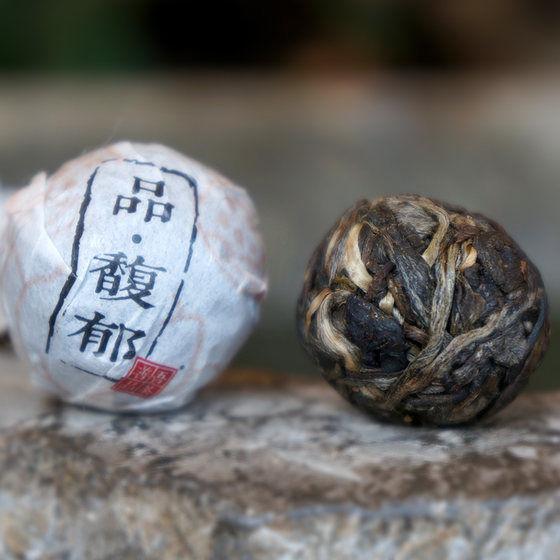 【吾茶善品】品馥郁2016年生茶易武国有林800年树龄龙珠 8g/沱